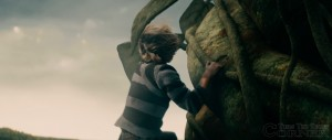 into-the-woods-movie-screenshot-daniel-huttlestone-jack-and-the-beanstalk-5